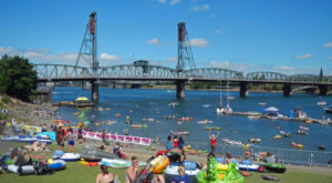 You Won't Want To Miss This Epic River Float Festival In Oregon This Summer