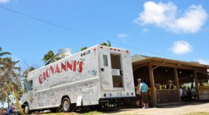 This Restaurant In Hawaii Doesn't Look Like Much – But The Food Is Amazing