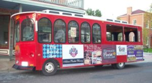 The Missouri Wine Trolley Tour You'll Absolutely Love