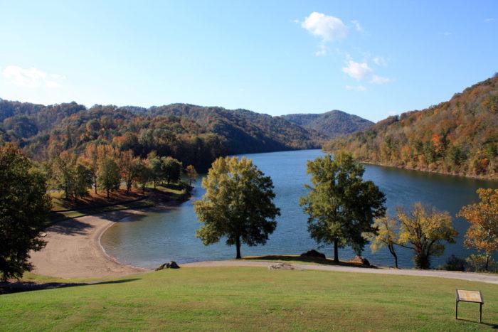 Hidden Beaches Road Trip In Kentucky: Buckhorn Lake State Resort At Slyspyder.com