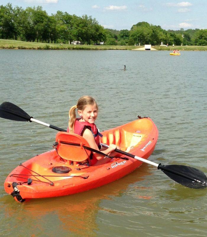 Denver Kayaking: 8 Best Places To Kayak And Canoe In Nashville