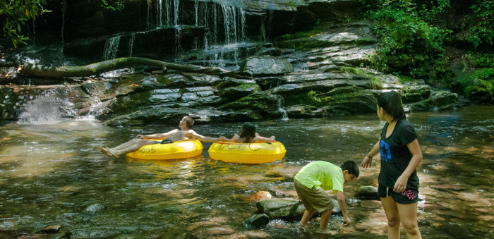6 Best Natural Lazy Rivers For Tubing In North Carolina