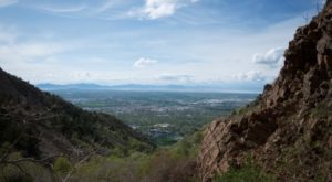 This Utah Trail Takes You To The Most Beautiful Place Ever
