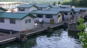 These Floating Cabins In Indiana Are The Ultimate Place To Stay Overnight This Summer