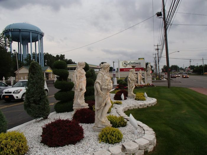 Salvatore 39 S Italian Gardens Is The Most Unique Restaurant In Buffalo