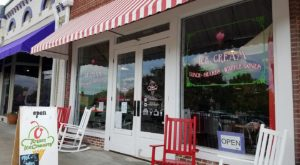 You'll Want To Try All The Unique Flavors Served At This Charming Alabama Ice Cream Shop