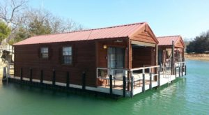 These Floating Cabins In Oklahoma Are The Ultimate Place To Stay Overnight This Summer