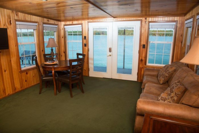 These Floating Cabins In Oklahoma Are The Ultimate Place