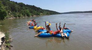 6 Lazy Rivers In Nebraska That Are Perfect For Tubing On A Summer's Day