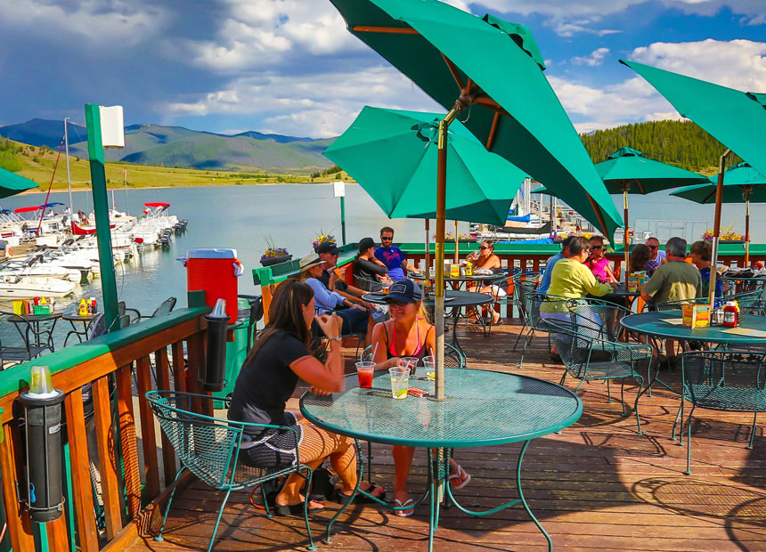 This Secluded Beachfront Restaurant In Colorado Is One Of The Most Magical Places You'll Ever Eat