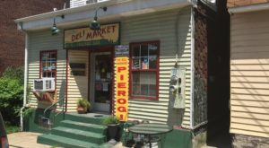 The Unassuming Deli In Pittsburgh That Will Make Your Taste Buds Go Crazy
