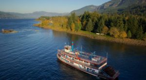 The Riverboat Cruise In Oregon You Never Knew Existed