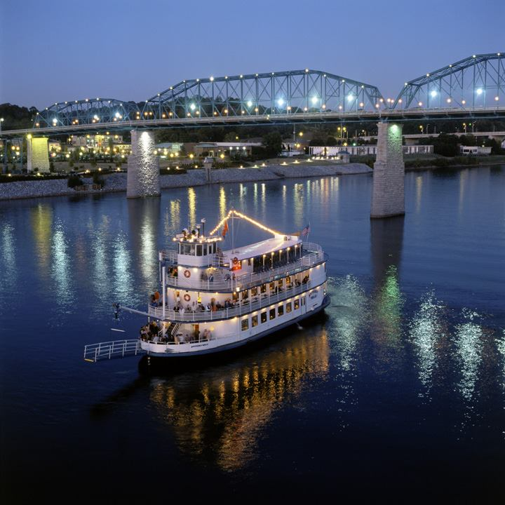 The Southern Belle Riverboat Is The Best River Cruise In Tennessee