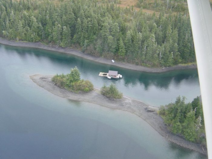 These Floating Cabins In Alaska Are The Ultimate Place To
