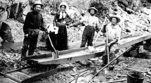 These 14 Rare Photos Show Northern California's Mining History Like Never Before