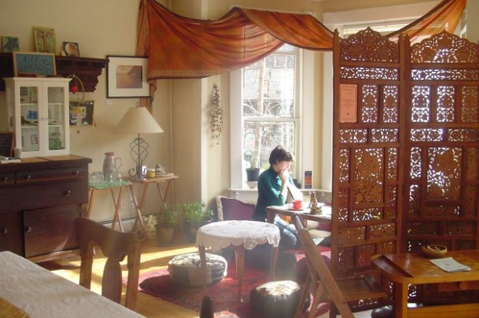 Visit These 6 Charming Tea Rooms In Vermont For A Piece Of