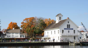 You'll Never Forget A Trip To The Most Enchanting Town In All Of Connecticut