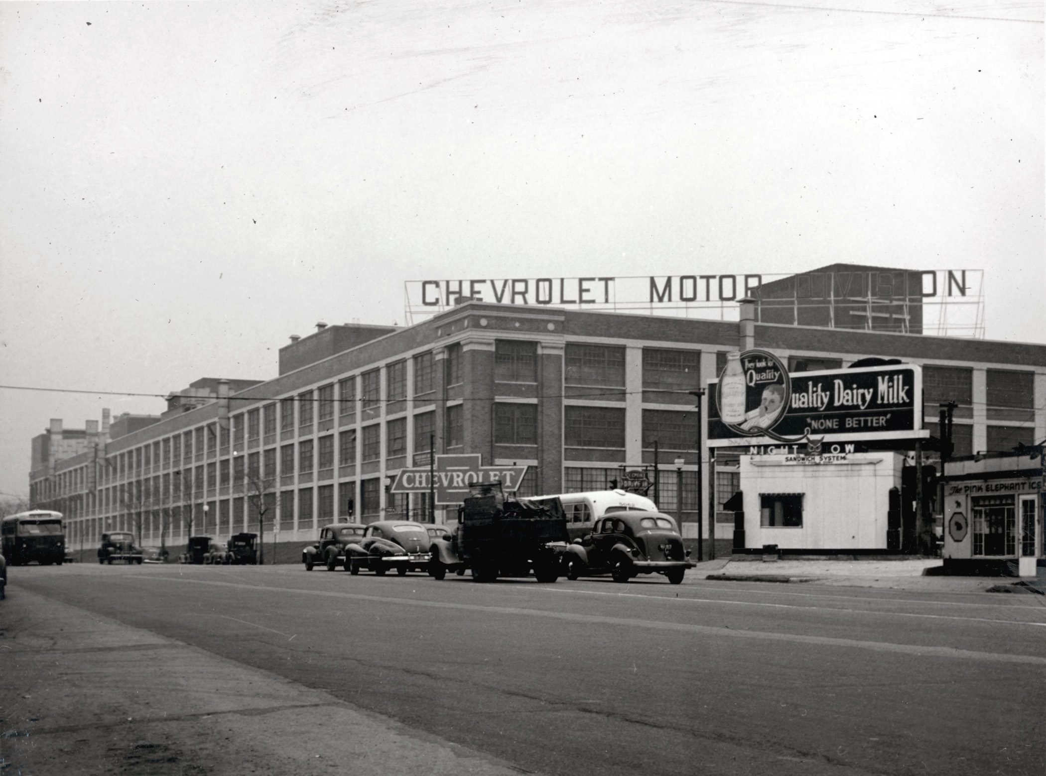 14 rare vintage photos from st louis for General motors jobs dallas tx