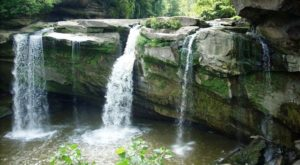The Hike In Ohio That Takes You To Not One, But TWO Insanely Beautiful Waterfalls