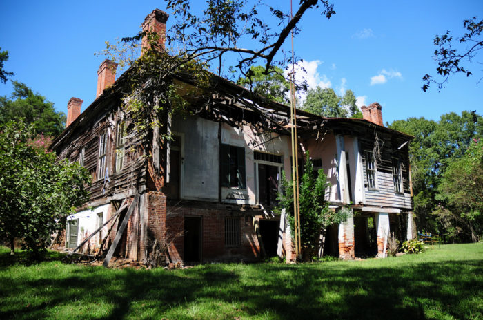 7 Historic Plantations In Mississippi That Are Being