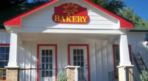 The One Arkansas Bakery You'll Want To Visit Every Single Day