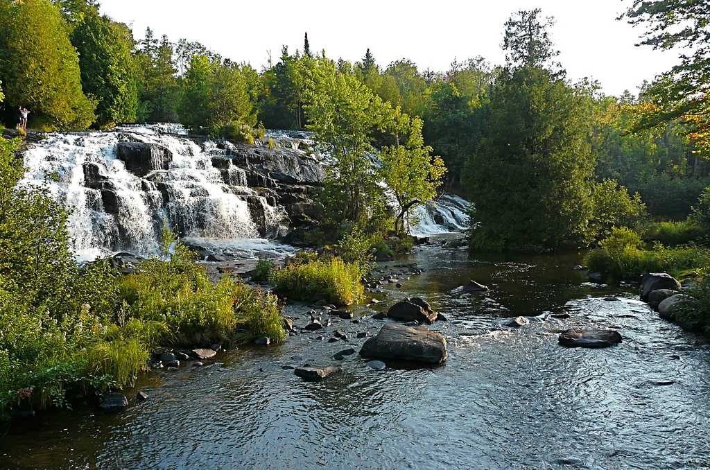 9 Best Waterfall Hikes In Michigan