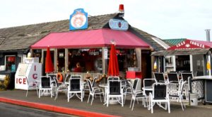 This Amazing Seafood Shack On The Oregon Coast Is Absolutely Mouthwatering