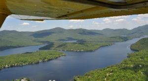 The Scenic Flight Over New York's Mountains That Everyone Should Take Before They Die