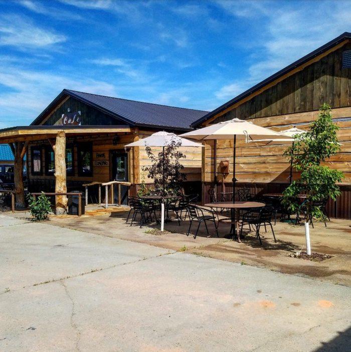 Cafe At Park Main Butte Mt