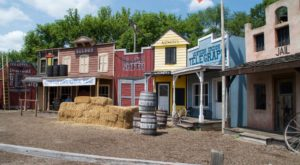 This Amusement Park In Illinois Will Take You Back To The Wild West