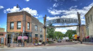 The 10 Very Best Towns In Illinois You'll Want to Move To Right Away