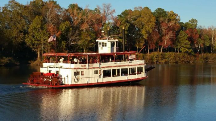 The Bama Belle Is The Best Riverboat Cruise In Alabama
