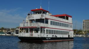 The Riverboat Cruise In South Carolina You Never Knew Existed