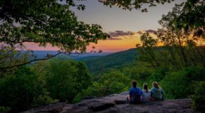10 Inexpensive Road Trip Destinations From Nashville That Won't Break The Bank
