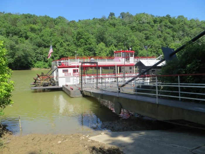 The Dixie Belle Is The Riverboat Cruise In Kentucky You