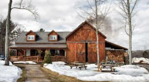 This Pancake House And Petting Zoo Is A New Hampshire Dream