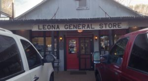 The Tiny General Store In Texas That Serves Some Of The Most Mouthwatering Steak You'll Ever Eat