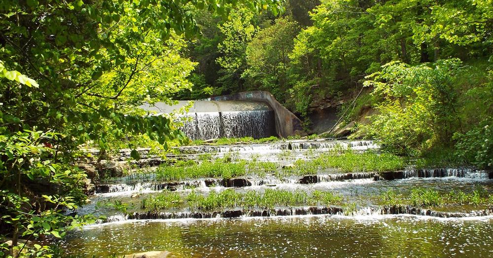 8 Beautiful Hidden Waterfalls In Louisville