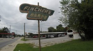 One of the Oldest BBQ Joints in Georgia Is Still Serving Up Mouthwateringly Good Meals