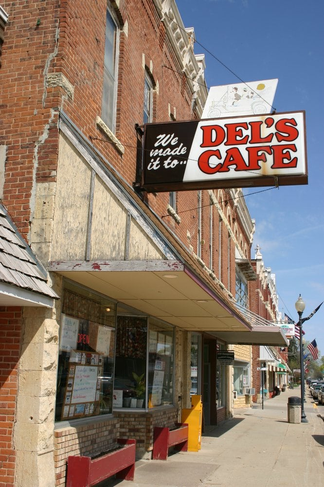Del S Cafe St Charles Mn
