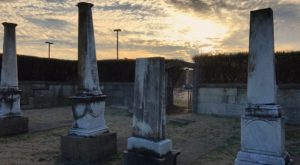 8 Disturbing Cemeteries Around Louisville That Will Give You Goosebumps