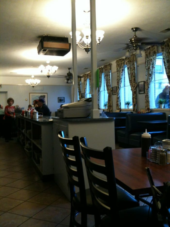 Front Royal Va >> L'Dees Pancake House Serves The Best Breakfast In Virginia