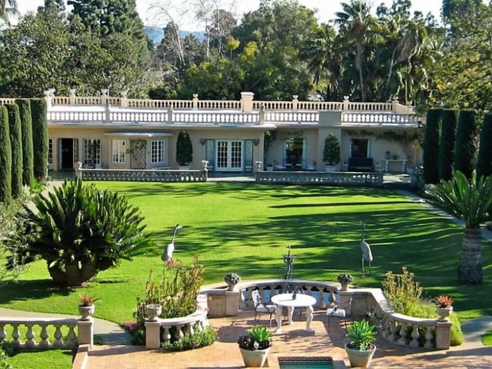 Located On The Former Robinson Estate In Beverly Hills, This 6.2 Acre  Property Is Home To Five Of The Most Spectacular Gardens In The City  Including A Rose ...