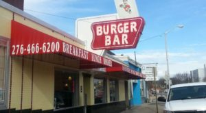Everyone Goes Nuts For The Hamburgers At This Nostalgic Eatery In Virginia