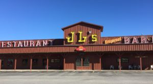 Head To This Small Town Oklahoma Restaurant For The Most Epic Barbecue In The State