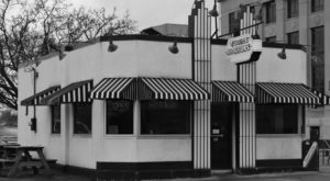 These 15 Retro Burger Joints in Indiana Will Have You Nostalgic for the Past