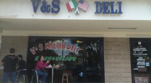 The Unassuming Deli In Florida That Will Make Your Taste Buds Go Crazy