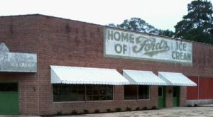 You Never Know What Treasures You'll Find At This Vintage Market In Mississippi