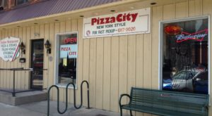 The Little Hole-In-The-Wall Restaurant That Serves The Best Pizza In Pennsylvania