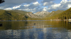 The Sinister Story Behind This Popular Colorado Lake Will Give You Chills